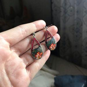 Vintage Plumaria Drop Earrings